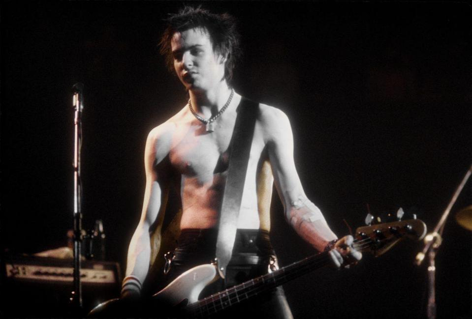 Sid Vicious Performs At The Sex Pistols Last Concert