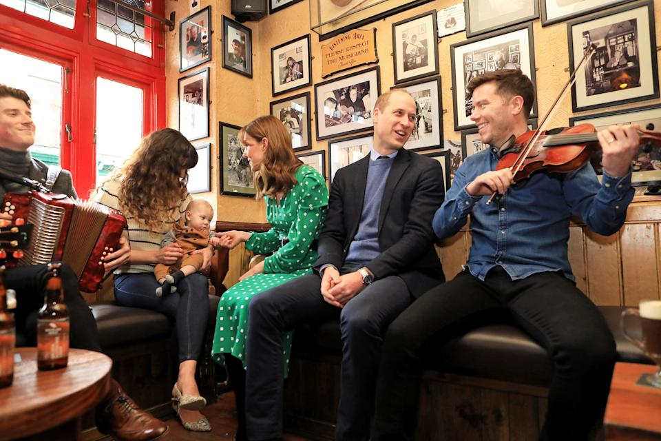 GALWAY, IRELAND - MARCH 05: Prince William, Duke of Cambridge and Catherine, Duchess of Cambridge visit Tig Coili, a traditional Irish pub, on March 05, 2020 in Galway, Ireland. (Photo by Julien Behal/Pool/Samir Hussein/WireImage)