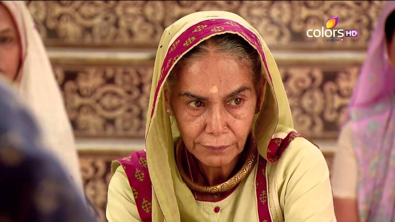 Kalyani Devi – When Balika Vadhu hit the screen it made us cringe out of fear for little Anandi and the outrage she had to go through at the hands of Dadi sa. But this character has changed and evolved through the years. From the woman who bought an 18 year old girl and forced her into marrying her 50 year old son, she has progressed into the one who got the same daughter-in-law remarried to a suitable groom after her son's demise. But the change in her viewpoint didn't cripple her power, she still retains a lot of command and strength.  Having accepted Ganga for who she was, and encouraging her to pursue a career, she is that elderly character that every household needs.