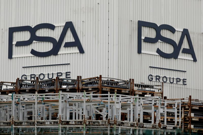 PSA names two former Renault, Nissan hires to head its DS, Citroen brands