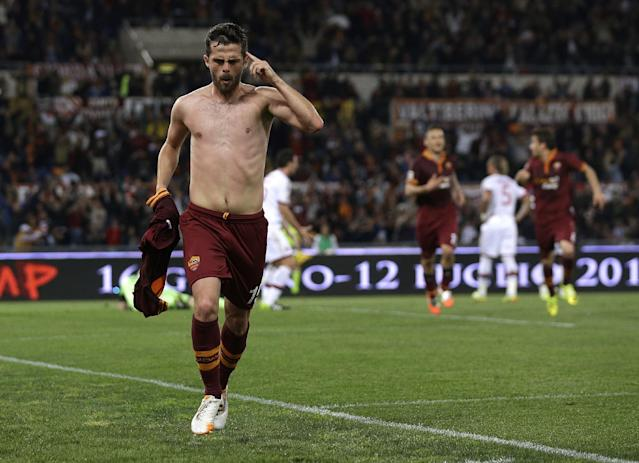 Roma's Miralem Pjanic runs right through Milan defenders like they don't exist, scores