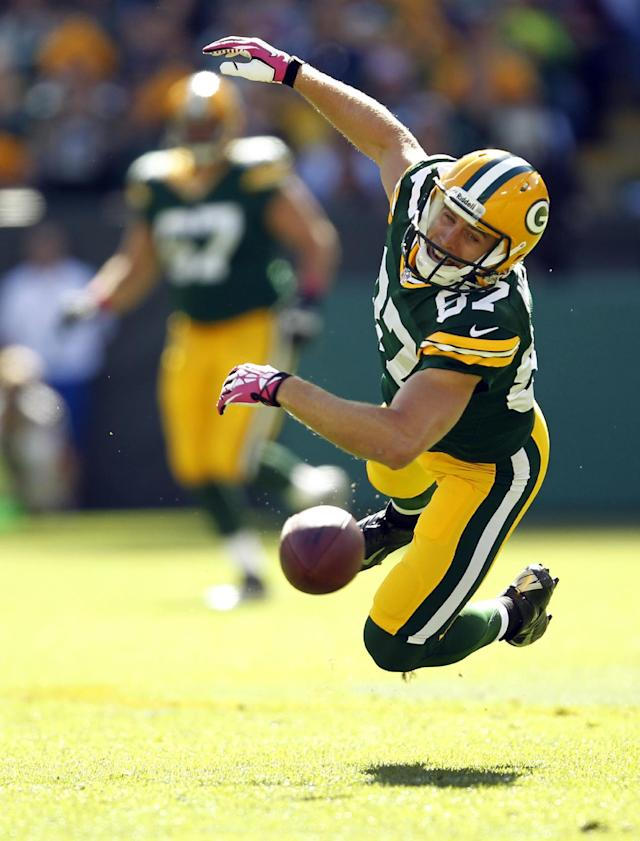 Green Bay Packers wide receiver Jordy Nelson can't catch a pass during the first half of an NFL football game against the Detroit Lions Sunday, Oct. 6, 2013, in Green Bay, Wis. (AP Photo/Mike Roemer)