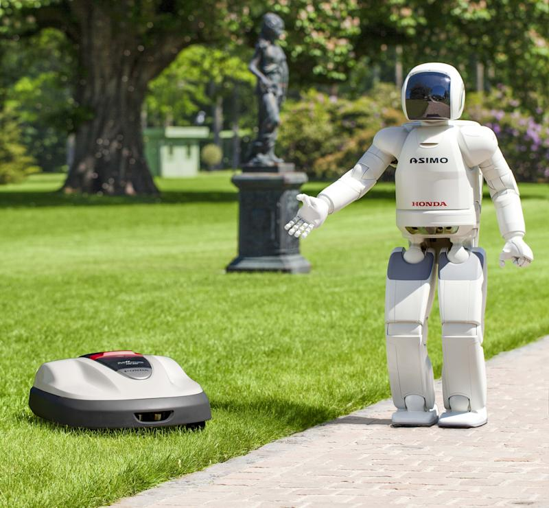 Honda robotics powers a home product: lawn mower