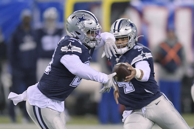 Dallas' combination of quarterback Dak Prescott and running back Ezekiel Elliott have what it takes to defeat the Patriots this season. (AP/Bill Kostroun)