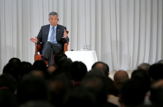 <p>No. 1: Lee Hsien Loong, Prime Minister of Singapore<br>Salary: $1,717,352 (2.4 million Singapore dollars)<br>(Reuters) </p>
