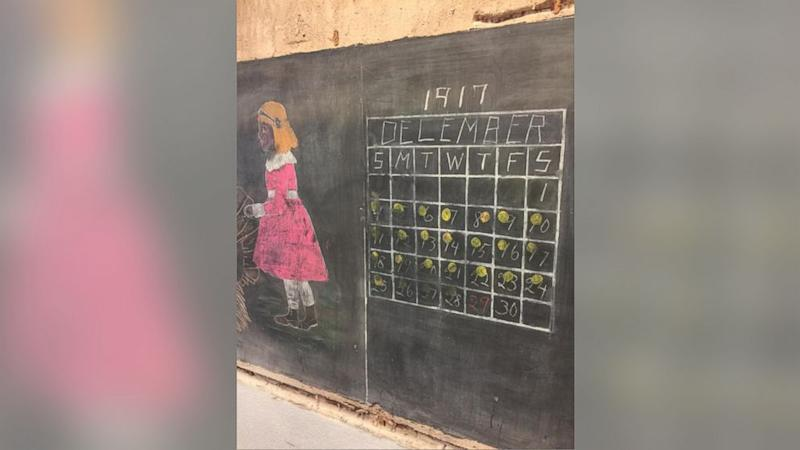 Oklahoma High School Stunned to Find 100-Year-Old Chalkboard Lessons