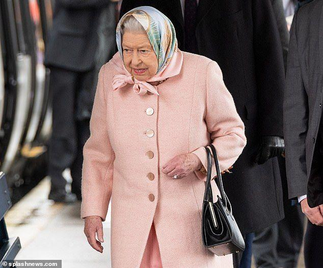 The Queen arrives at King's Lynn