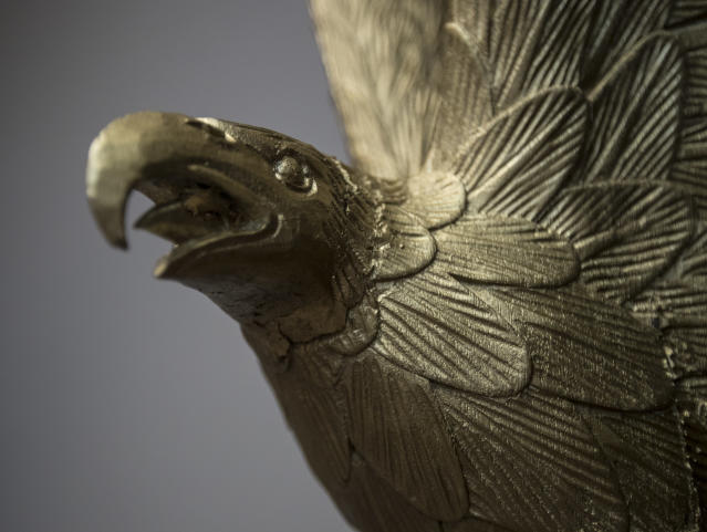 <p>A sculpture of an eagle is seen in the newly renovated Roosevelt Room of the White House in Washington, Tuesday, Aug. 22, 2017, is seen during a media tour. (Photo: Carolyn Kaster/AP) </p>