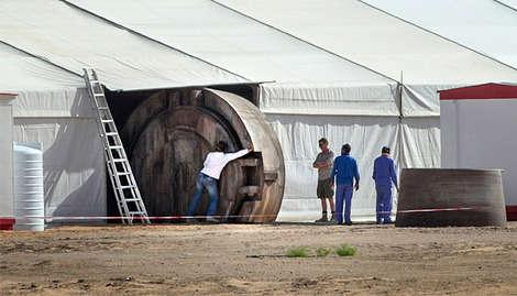 A brief glimpse at the Star Wars VII set.