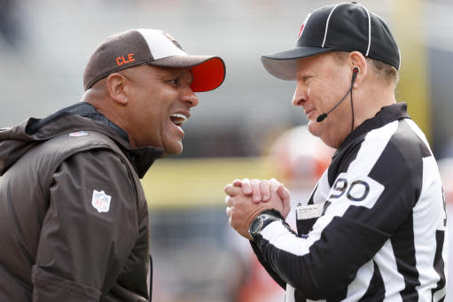 Hue Jackson's last game as head coach of the Cleveland Browns was a 33-18 defeat to the Pittsburgh Steelers. (AP)