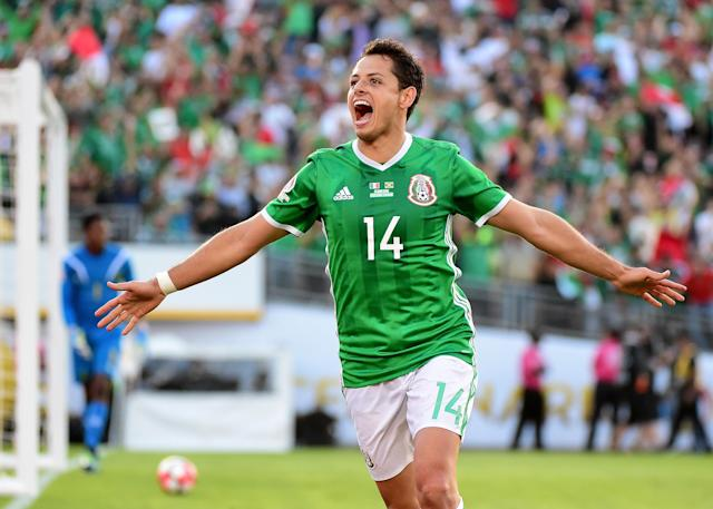 Javier Chicharito Hernandez and Mexico will play three friendlies to prepare for the 2018 World Cup in Russia. (Getty)