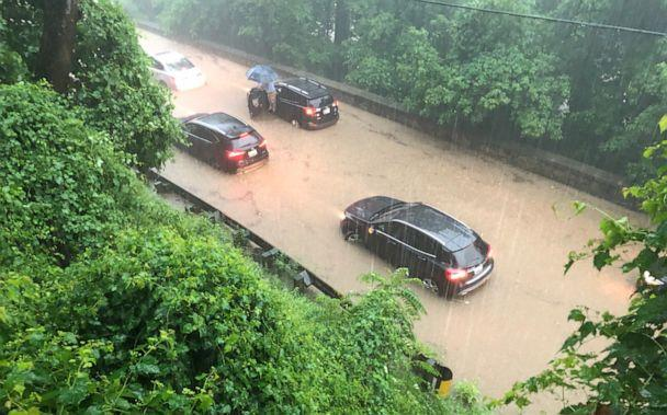 PHOTO: Numerous vehicles are submerged on Canal Road near Fletcher's Cove. (Dave Dildine/WTOP/Twitter)
