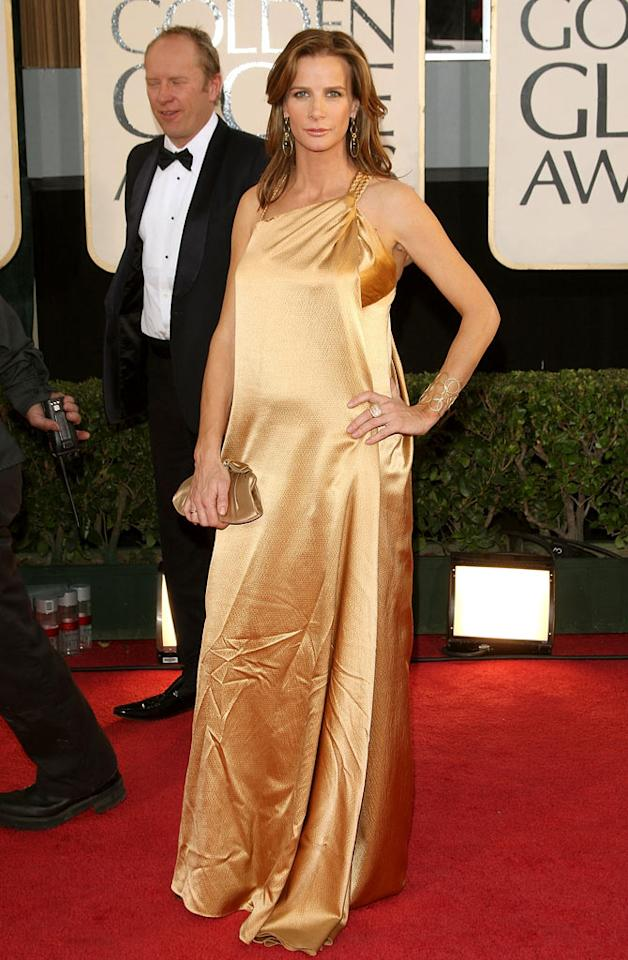 "Rachel Griffith's golden Hefty Bag was in desperate need of a steaming before she hit the red carpet. Jason Merritt/<a href=""http://www.gettyimages.com/"" target=""new"">GettyImages.com</a> - January 11, 2009"