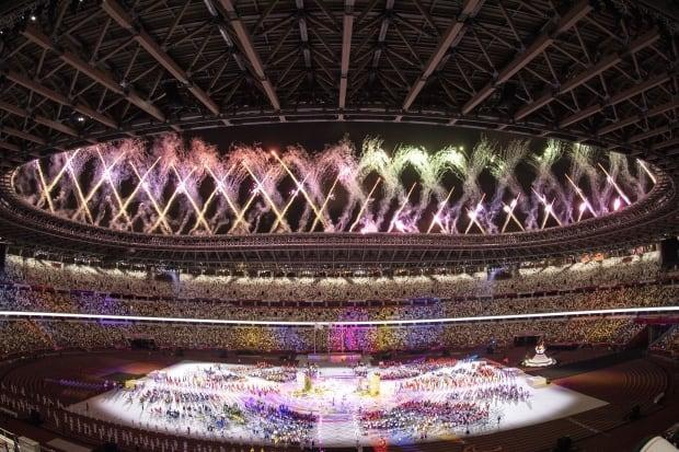Fireworks light up the sky during the closing ceremony of the Tokyo 2020 Paralympic Games at the Olympic Stadium on Sunday. (Charly Triballeau/AFP/Getty Images - image credit)