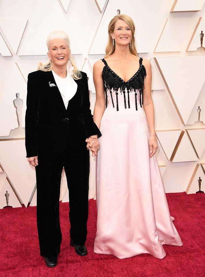 <p>Laura Dern, who looked elegant in Armani, walked the red carpet with her mother, actress Diane Ladd, who opted for a classic suit. </p>