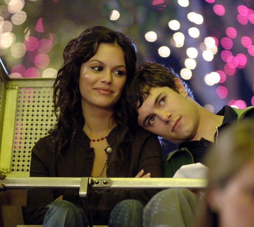 """Adam Brody and Rachel Bilson would've won Best Couple in our high school yearbook for their roles as Seth and Summer. Seth loved Summer from the very beginning, but it took her a little while to realize that she had feelings for nerdy Seth. There was no denying it after that <a href=""""https://www.youtube.com/watch?v=51nWZ_CHLIA"""">recreation of the infamous Spider-Man kiss</a>, though!"""