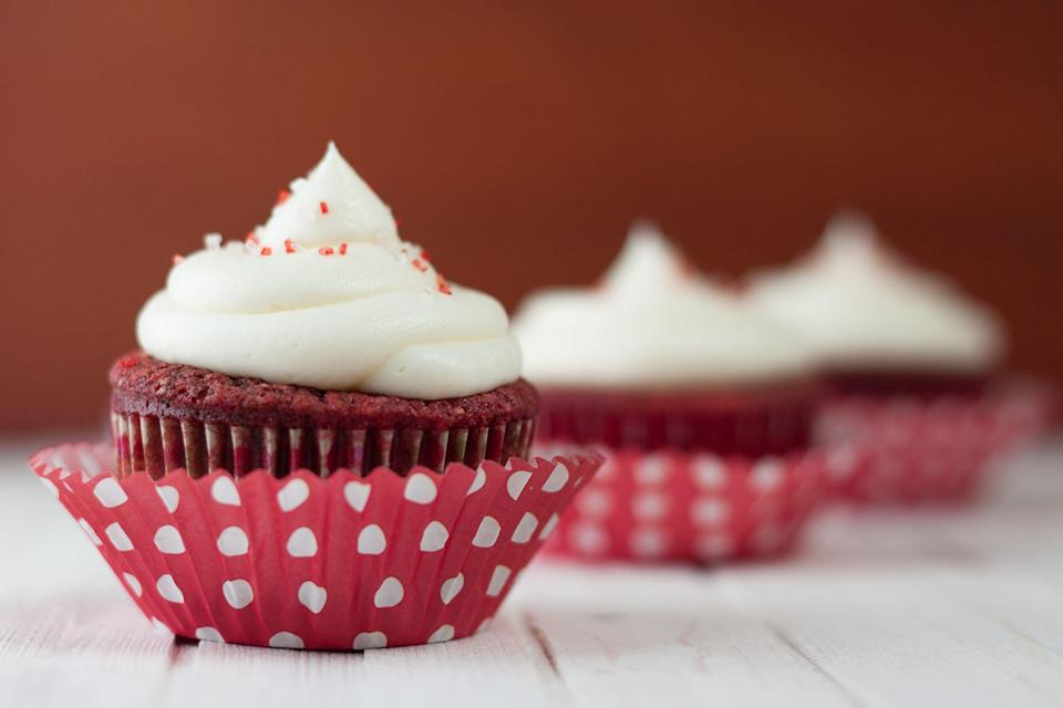 """<p>Are you on the lookout for some new <a href=""""https://www.thepioneerwoman.com/food-cooking/meals-menus/g35129659/valentines-day-desserts/"""" rel=""""nofollow noopener"""" target=""""_blank"""" data-ylk=""""slk:Valentine's Day desserts"""" class=""""link rapid-noclick-resp"""">Valentine's Day desserts</a> that you've never tried before? Maybe you want to switch things up this year and treat your family to something sweet come February 14. Well, these Valentine's Day cupcakes will satisfy all your confection-related desires! After all, your <a href=""""https://www.thepioneerwoman.com/holidays-celebrations/g35118424/things-to-do-on-valentines-day/"""" rel=""""nofollow noopener"""" target=""""_blank"""" data-ylk=""""slk:Valentine's Day activities"""" class=""""link rapid-noclick-resp"""">Valentine's Day activities</a> have probably been pared down this year. Making a batch of these fun, creative cupcakes is guaranteed to make the day a special one, even at home! </p><p>Of course, there are classic red velvet and chocolate cupcakes to choose from if you like to stick to the basics. Anyone who's looking to be a little more daring with their Valentine's sweets should check out the lemon meringue cupcakes or Ree Drummond's Key lime cupcakes. Both of these options will add some vibrant flavors to your <a href=""""https://www.thepioneerwoman.com/food-cooking/meals-menus/g35098731/romantic-valentines-day-dinners/"""" rel=""""nofollow noopener"""" target=""""_blank"""" data-ylk=""""slk:Valentine's Day menu"""" class=""""link rapid-noclick-resp"""">Valentine's Day menu</a>! There are a few ideas that little ones will be obsessed with too. In particular, the cupcakes shaped into hearts or the s'mores cupcakes will be kid-friendly hits. Pick a few of these flavors to try while watching some <a href=""""https://www.thepioneerwoman.com/news-entertainment/g35035374/best-valentines-day-movies/"""" rel=""""nofollow noopener"""" target=""""_blank"""" data-ylk=""""slk:Valentine's Day movies"""" class=""""link rapid-noclick-resp"""">Valentine's Day movies</a> with your family. Enjoying Valentine's Da"""