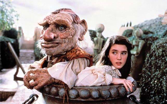 Brian Henson's character Hoggle required eight puppeteers to operate - Film Stills