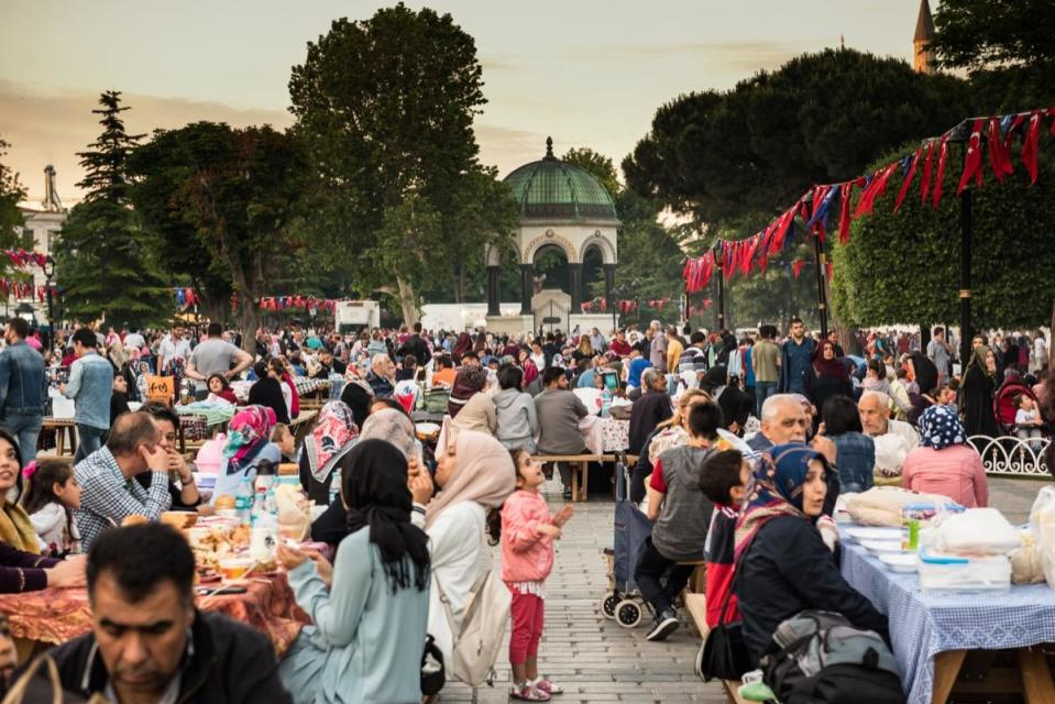"""Mosques around the world are typically packed during Ramadan, teeming with the usual attendees alongside others who stop by only during this particular month. Of course, due to coronavirus, Ramadan looks very different this year. In the U.K., the Muslim Council of Britain warned people to <a href=""""https://www.bbc.com/news/uk-52716535"""" rel=""""nofollow noopener"""" target=""""_blank"""" data-ylk=""""slk:celebrate virtually"""" class=""""link rapid-noclick-resp"""">celebrate virtually</a> in order to maintain social-distancing measures."""