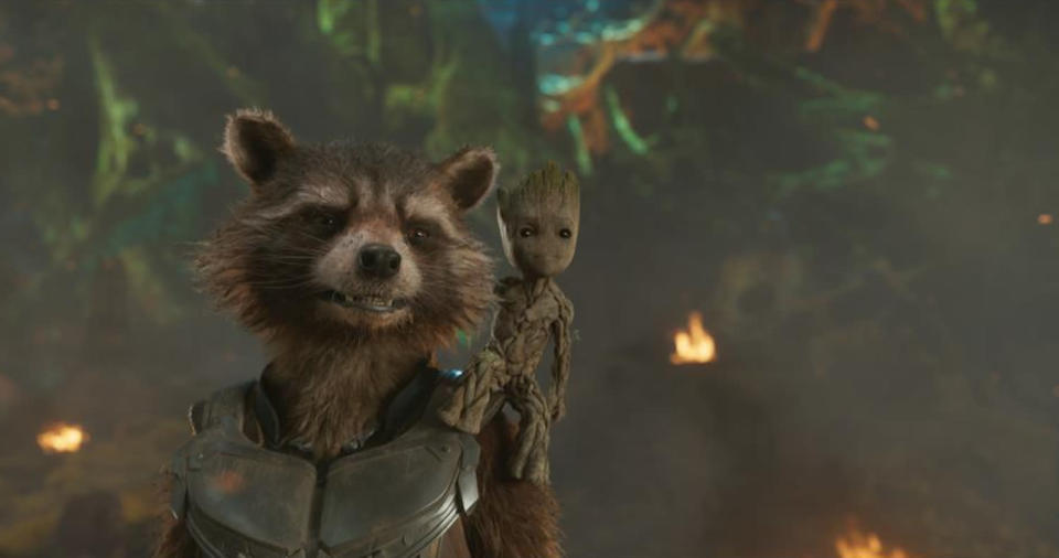 <p>Together again. This time around, Rocket serves as li'l Groot's protector. (Photo: Marvel) </p>