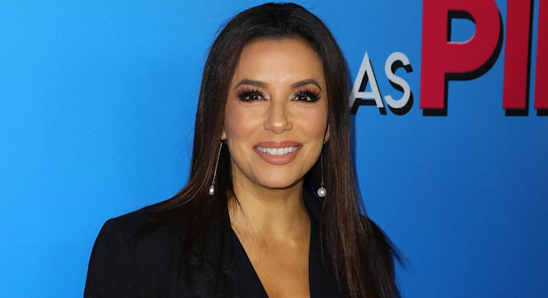 Eva Longoria wears Alo Yoga set to exercise in as she shares post-workout selfie on her Instagram account. (Getty Images)