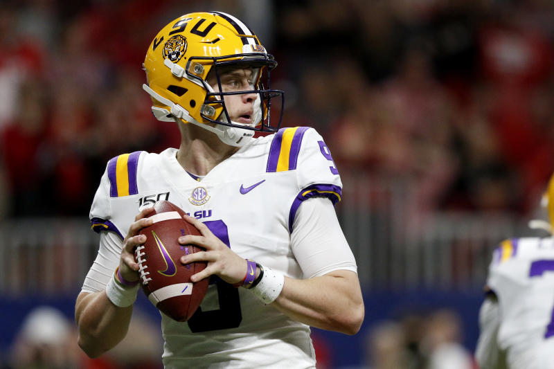 #1 LSU will face Oklahoma in Peach Bowl