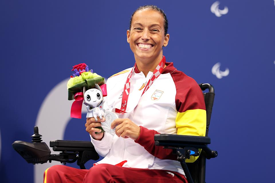 TOKYO, JAPAN - AUGUST 30: Silver medalist Teresa Perales of Team Spain smiles in the podium of Women's 50m Backstroke - S5 on day 6 of the Tokyo 2020 Paralympic Games at Tokyo Aquatics Centre on August 30, 2021 in Tokyo, Japan. (Photo by Lintao Zhang/Getty Images)
