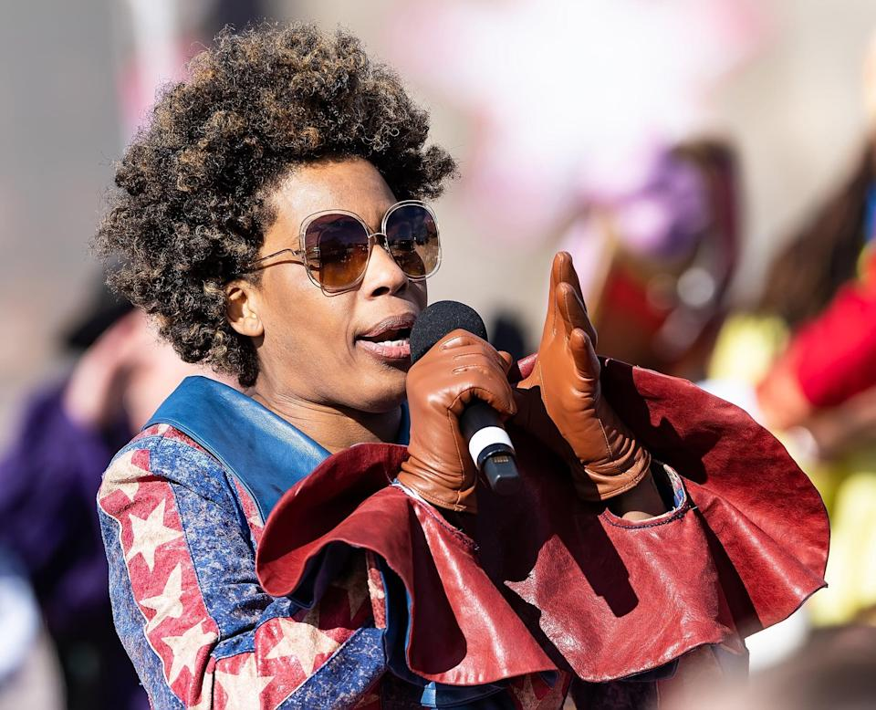 PHILADELPHIA, PENNSYLVANIA - NOVEMBER 28: Singer-songwriter Macy Gray performs during the 100th 6abc Dunkin' Donuts Thanksgiving Day Parade on November 28, 2019 in Philadelphia, Pennsylvania. (Photo by Gilbert Carrasquillo/Getty Images)