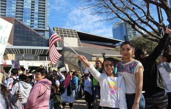"""Restaurants, activists and immigrants across the country <a href=""""http://www.huffingtonpost.com/entry/nationwide-protests-immigrants_us_58a5e5bbe4b07602ad528d19"""" rel=""""nofollow noopener"""" target=""""_blank"""" data-ylk=""""slk:gave the United States a taste of what life without immigrants would be like"""" class=""""link rapid-noclick-resp"""">gave the United States a taste of what life without immigrants would be like</a> during a national strike in February. Many stayed home from work or school to show solidarity, and gathered in support of immigrants everywhere. High-profile restaurants and restaurateurs, like Spanish-born chef Jos&eacute; Andr&eacute;s, also <a href=""""http://www.huffingtonpost.com/entry/restaurants-a-day-without-immigrants_us_58a4cacee4b037d17d248182?section=us_latino-voices"""" rel=""""nofollow noopener"""" target=""""_blank"""" data-ylk=""""slk:closed their doors in solidarity"""" class=""""link rapid-noclick-resp"""">closed their doors in solidarity</a>.&nbsp;<a href=""""http://www.huffingtonpost.com/entry/restaurants-a-day-without-immigrants_us_58a4cacee4b037d17d248182?section=us_latino-voices"""" rel=""""nofollow noopener"""" target=""""_blank"""" data-ylk=""""slk:"""" class=""""link rapid-noclick-resp""""><br><br></a>&ldquo;We really didn&rsquo;t expect all these absences,&rdquo; one Austin&nbsp;teacher, who said only four of her 26 students showed up, told HuffPost. &ldquo;We were prepared for some, but we never imagined that it would be this big.&rdquo;<a href=""""http://www.huffingtonpost.com/entry/restaurants-a-day-without-immigrants_us_58a4cacee4b037d17d248182?section=us_latino-voices"""" rel=""""nofollow noopener"""" target=""""_blank"""" data-ylk=""""slk:"""" class=""""link rapid-noclick-resp""""><br></a>"""
