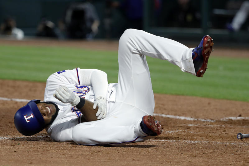 Elvis Andrus suffers fractured elbow on HBP