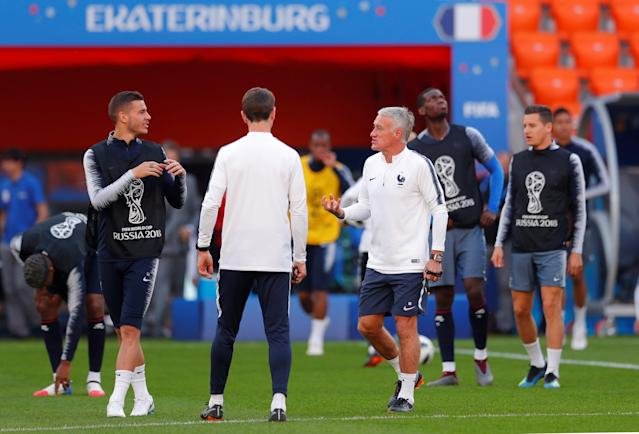 Soccer Football - World Cup - France Training - Ekaterinburg Arena, Yekaterinburg, Russia - June 20, 2018 France coach Didier Deschamps during training REUTERS/Andrew Couldridge