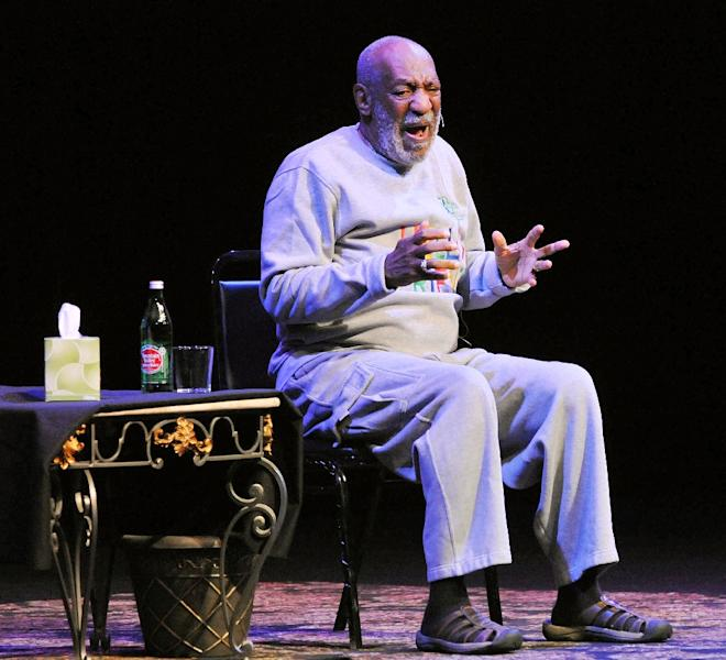 Actor Bill Cosby performs at the King Center for the Performing Arts on November 21, 2014 in Melbourne, Florida (AFP Photo/Gerardo Mora)