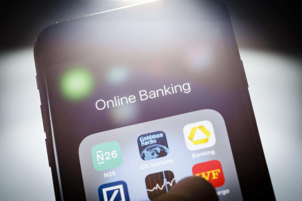 Berlin, Germany - January 11:  In this photo illustration the apps of different online banking providers are displayed on a smartphone on January 11, 2019 in Berlin, Germany. (Photo Illustration by Thomas Trutschel/Photothek via Getty Images)