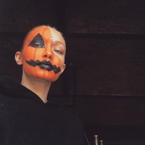 "<p>Gigi went simple this Halloween. Instead of wearing a costume, she had some fun with makeup and turned herself into a jack-o-lantern!</p><p><a href=""https://www.instagram.com/p/BpnGg1fg2O4/?utm_source=ig_embed&utm_medium=loading"" rel=""nofollow noopener"" target=""_blank"" data-ylk=""slk:See the original post on Instagram"" class=""link rapid-noclick-resp"">See the original post on Instagram</a></p>"