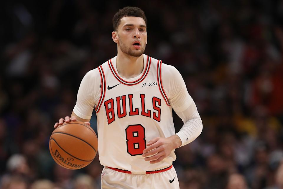 Zach Lavine #8 of the Chicago Bulls plays the Denver Nuggets