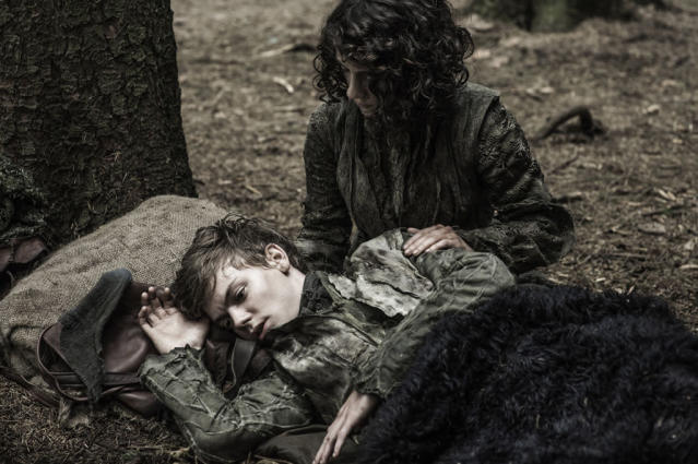 """Thomas Brodie Sangster and Ellie Kendrick in the """"Game of Thrones"""" Season 3 episode, """"The Climb."""""""