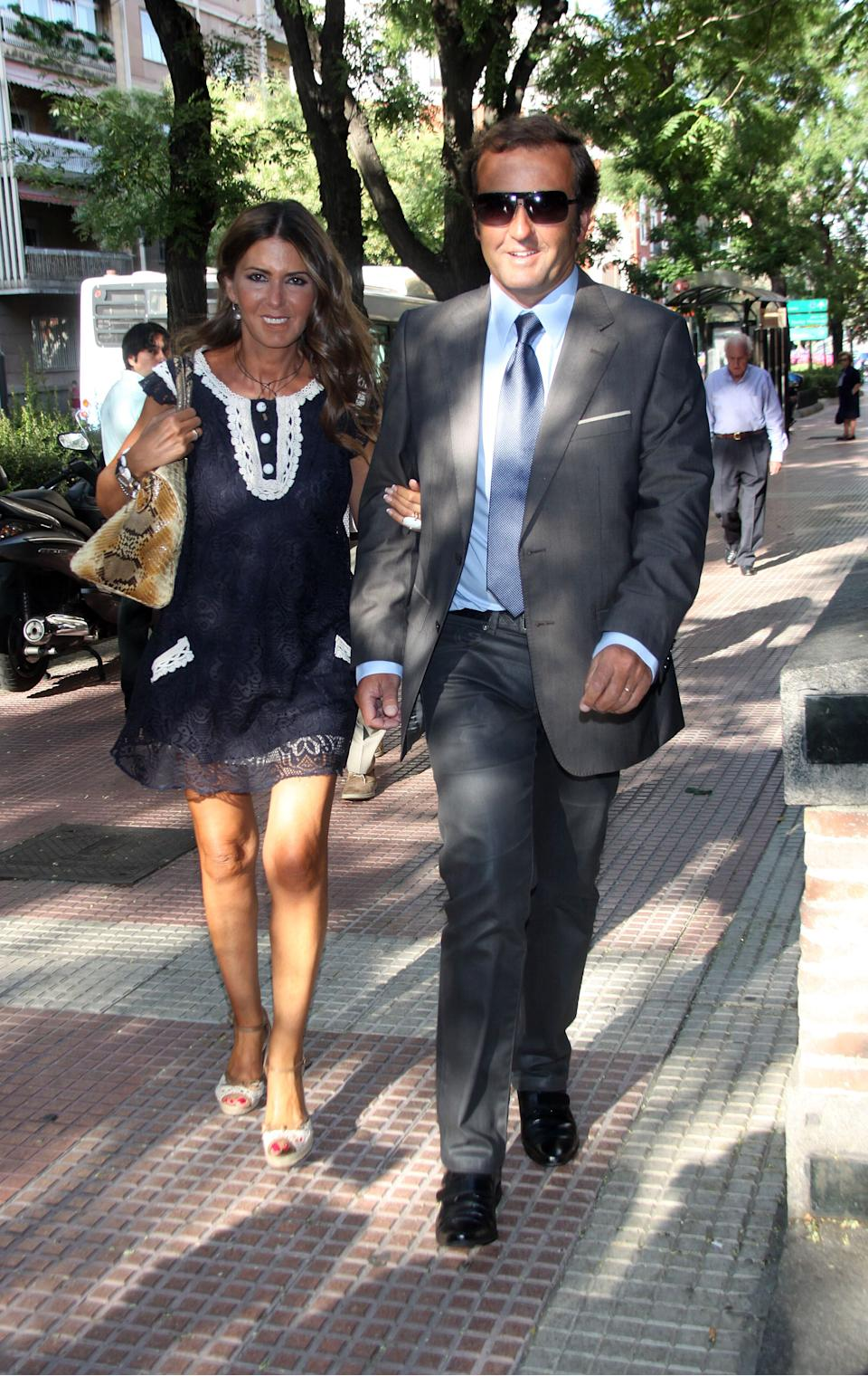 MADRID, SPAIN - JULY 14: Marisa Martin Blazquez and Antonio Montero attend the memorial for Eduardo Sanchez Junco, editor-in-chief of 'Hola' magazine on July 14, 2011 in Madrid, Spain. The owner and publisher of the celebrity magazines 'Hola!' and 'Hello!,' Eduardo Sanchez Junco, died on July 14, 2010 after a long illness, at the age of 67.  (Photo by Europa Press/Europa Press via Getty Images)