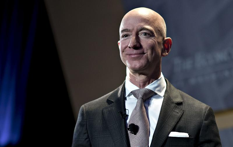 Bezos Sells $3.1 Billion of Amazon Shares After Wealth Jumps