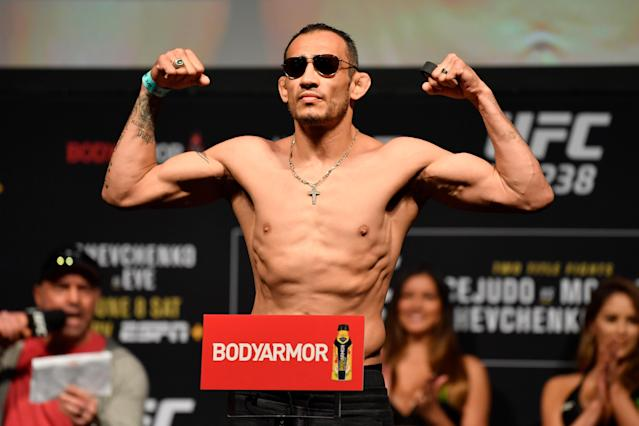 Tony Ferguson poses on the scale during the UFC 238 weigh-in at the United Center on June 7, 2019 in Chicago, Illinois. (Photo by Jeff Bottari/Zuffa LLC via Getty Images)