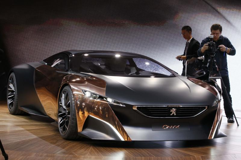 Peugeot Citroen CEO: no recovery for years