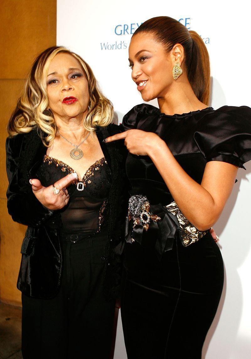 <p>Beyoncé played Etta James in <em>Cadillac Records </em>in 2008.</p>