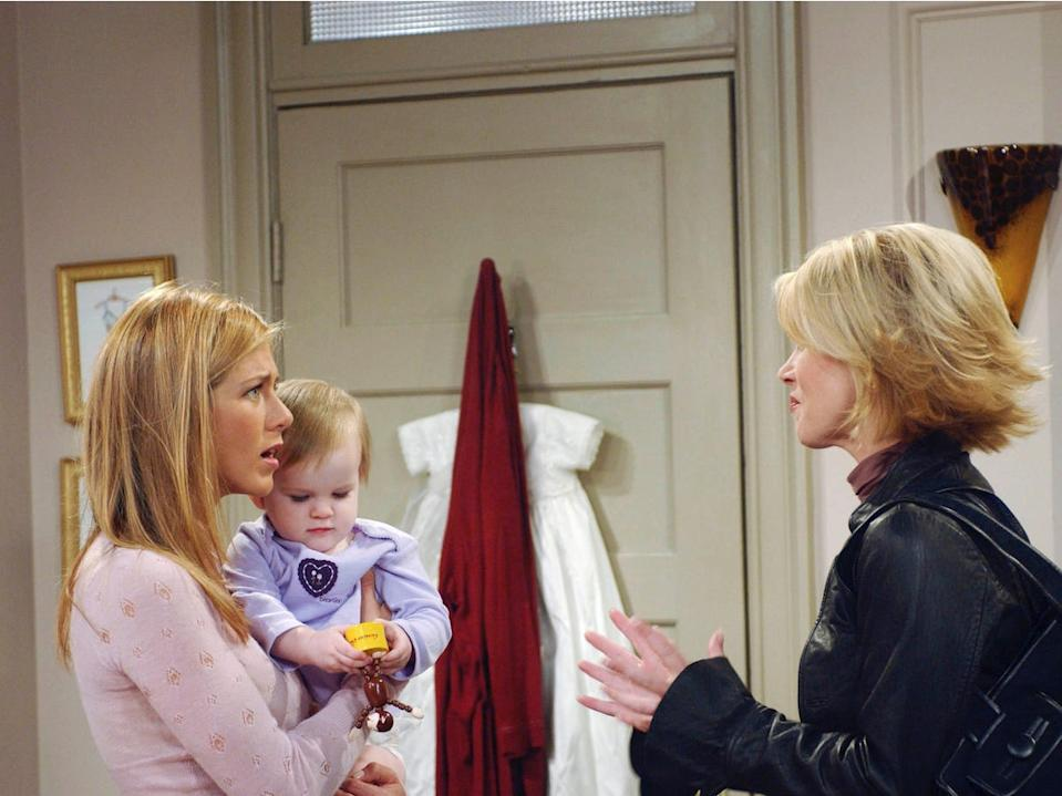 On set with Jennifer Aniston and guest star Christina Applegate.