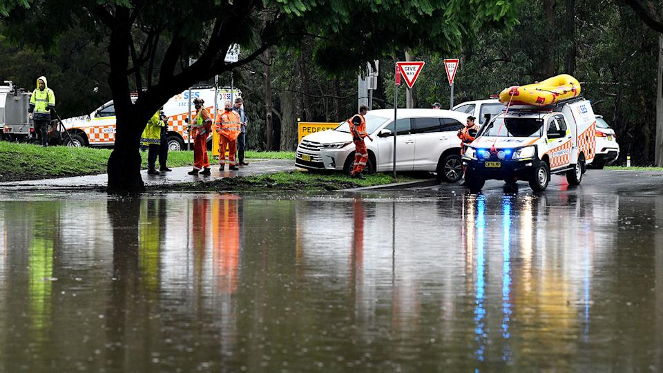SES crews, pictured here on the corner of Ladbury Ave and Memorial Ave in Penrith.