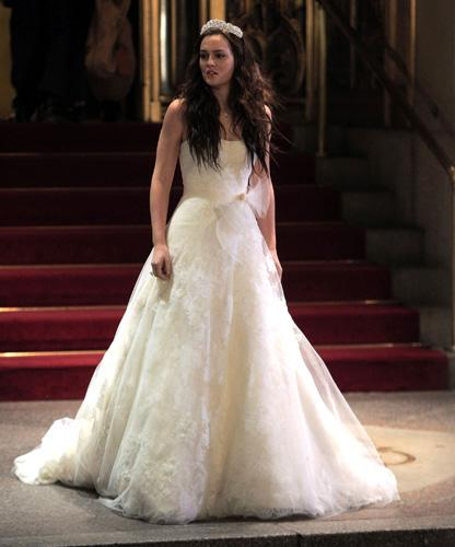 First Look At Blair Waldorf S Wedding Dress In Gossip Girl
