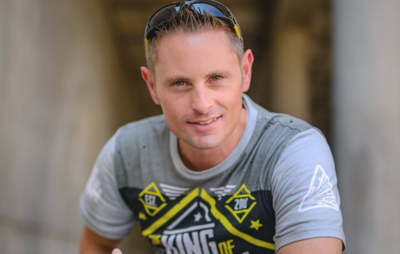 YouTube's 'King of Random' Grant Thompson Dead at 38, Paragliding Accident