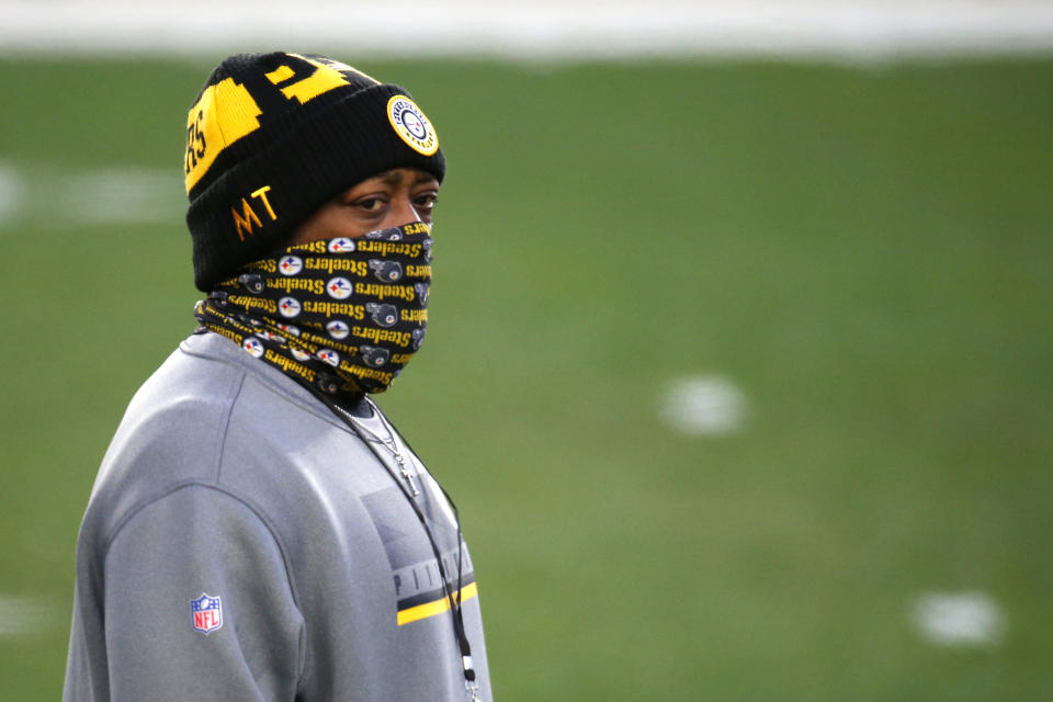 PITTSBURGH, PENNSYLVANIA - DECEMBER 07: Head coach Mike Tomlin of the Pittsburgh Steelers looks on prior to their game against the Washington Football Team at Heinz Field on December 07, 2020 in Pittsburgh, Pennsylvania. (Photo by Justin K. Aller/Getty Images)