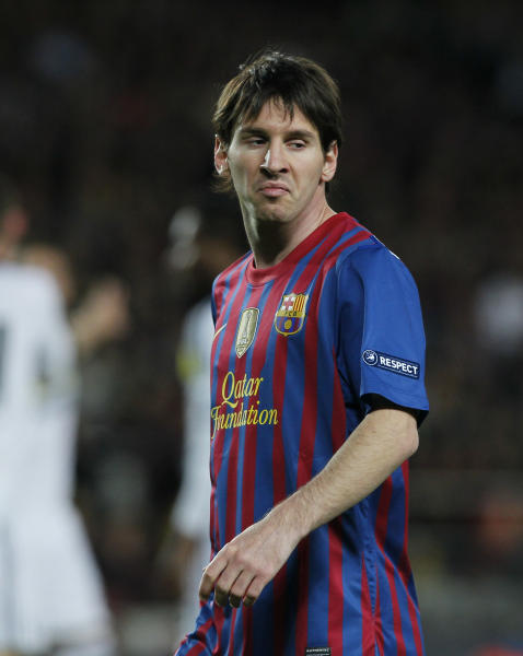 Barcelona's Lionel Messi gestures during a Champions League second leg semifinal soccer match against Chelsea at Camp Nou stadium, in Barcelona, Spain, Tuesday, April 24, 2012. Chelsea drew 2-2 with Barcelona to win the match 3-2 on aggregate. (AP Photo/Andres Kudacki)