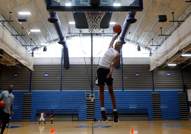 Emoni Bates is shown during a practice in Ypsilanti, Michigan. Bates is the top basketball recruit in the class of 2022, and he might be able to jump straight to the NBA. (AP)