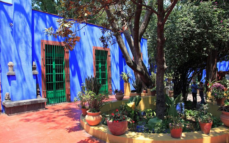 Frida Kahlo museum - Casa Azul, her former home, in Mexico City - www.alamy.com