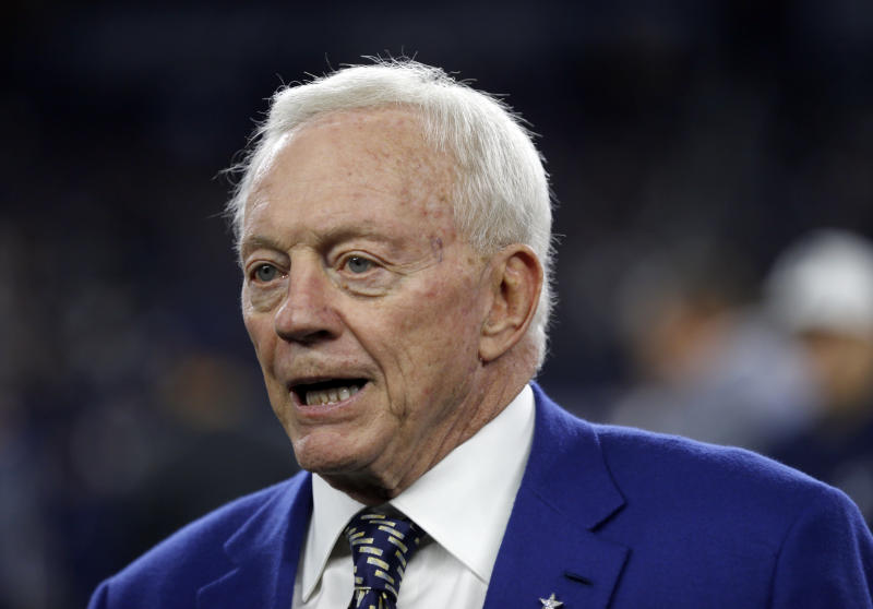 Cowboys owner Jerry Jones was reportedly colorful in his response to Ezekiel Elliott's six-game suspension. (AP)